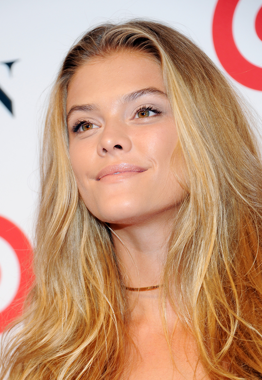 Nina Agdal Close Up
