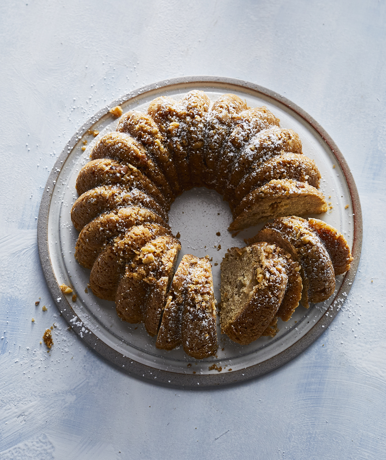 Slow-Cooker Apple Spice Cake