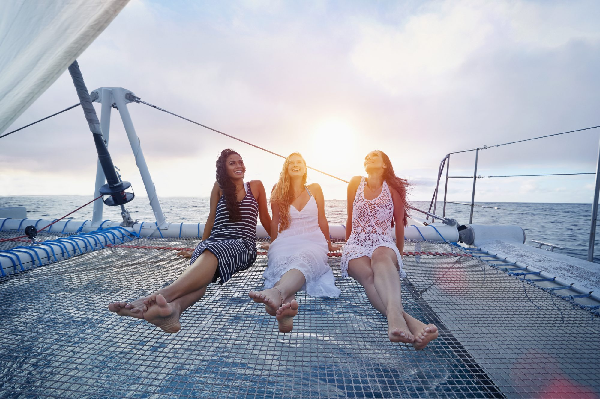 period-syncing-boat-friendship-vacation-sunset