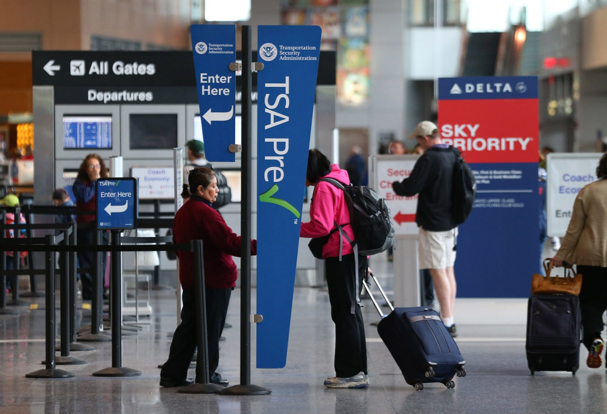 TSA PreCheck vs. Global Entry: Which One Is a Better Deal?