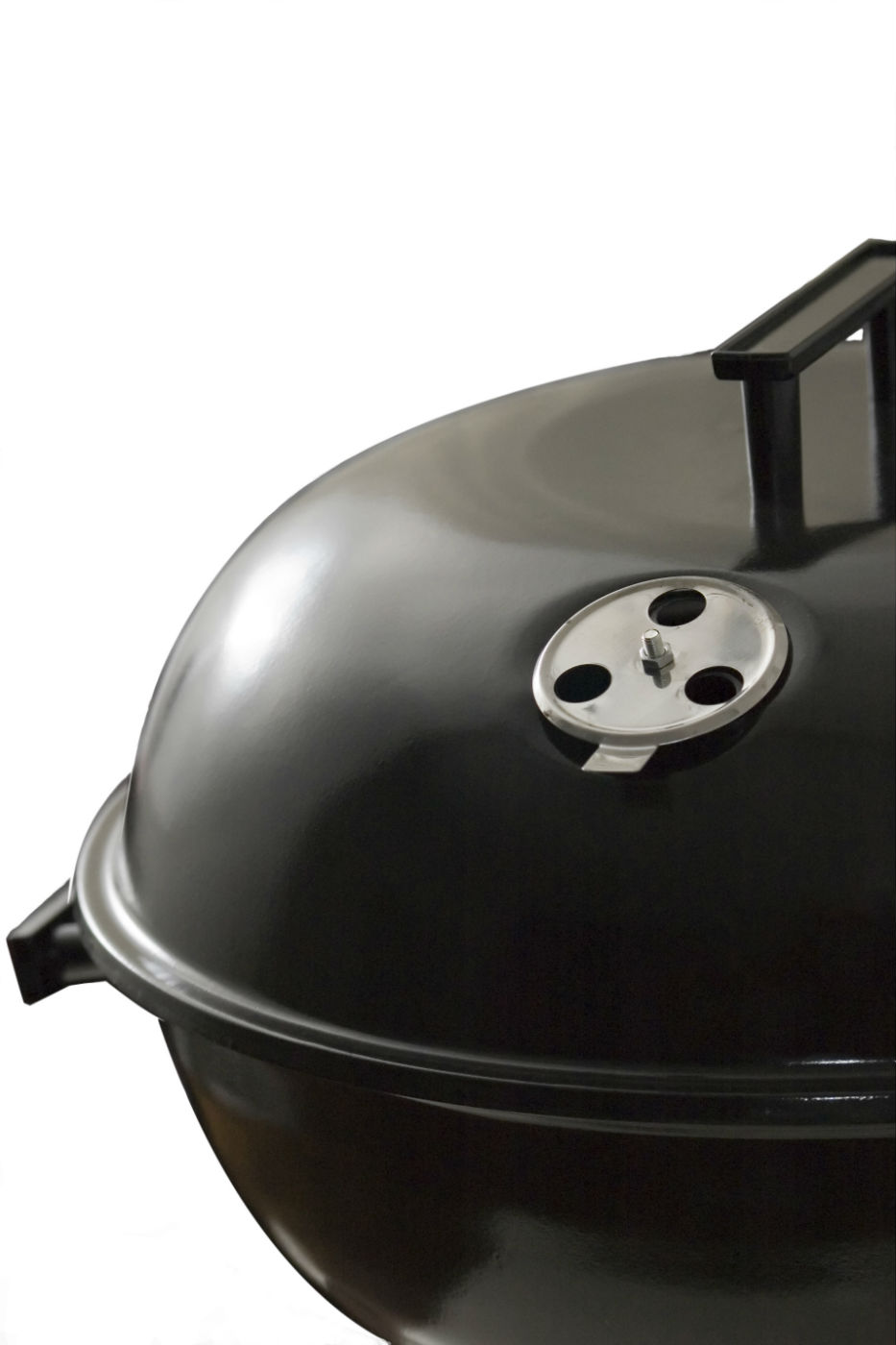 Outdoor charcoal grill