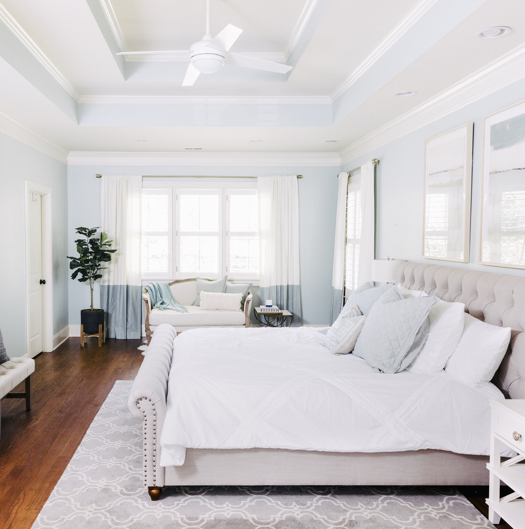 Bedroom with a cool palette