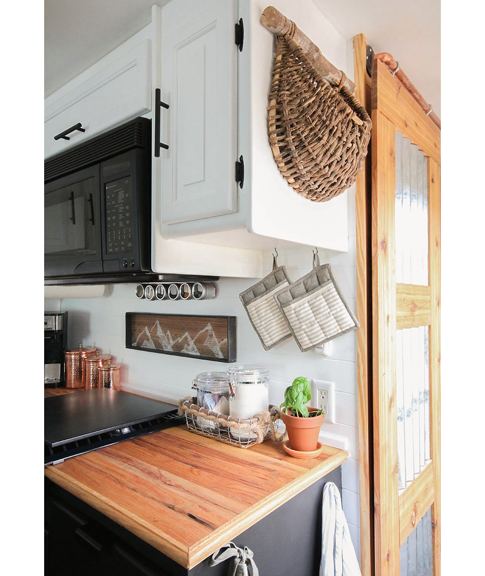 Kitchen with side-of-cabinet storage