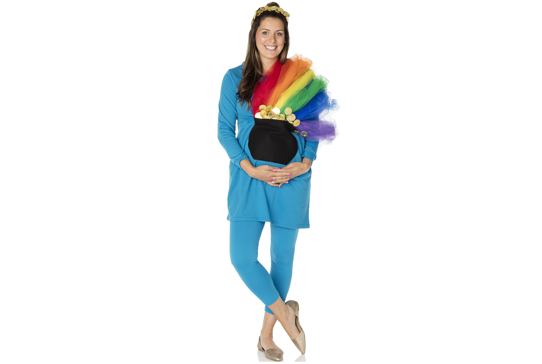 DIY Halloween costume ideas: Pot of Gold Under the Rainbow for pregnant women
