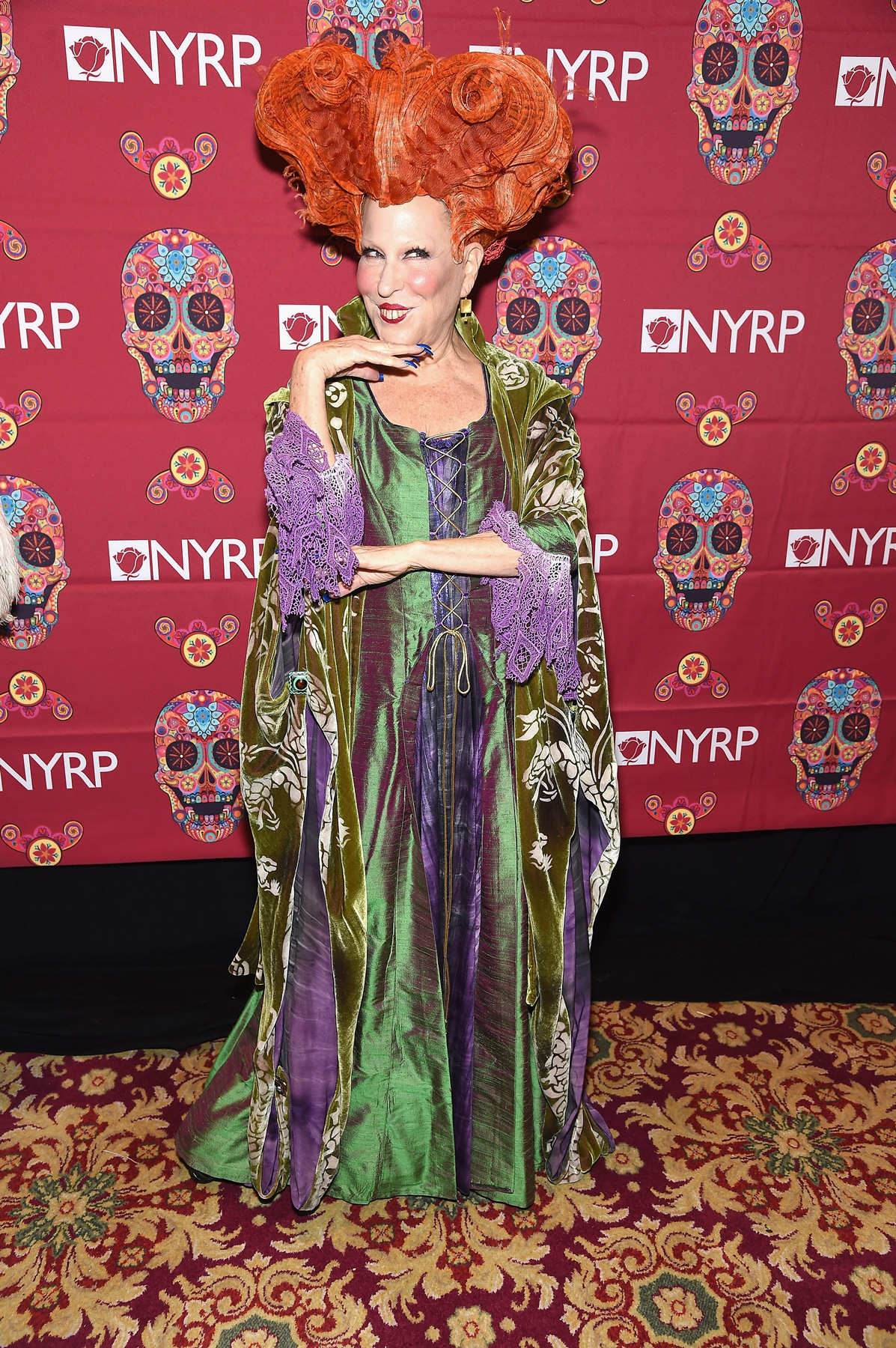 Bette Midler dressed up like her character in Hocus Pocus