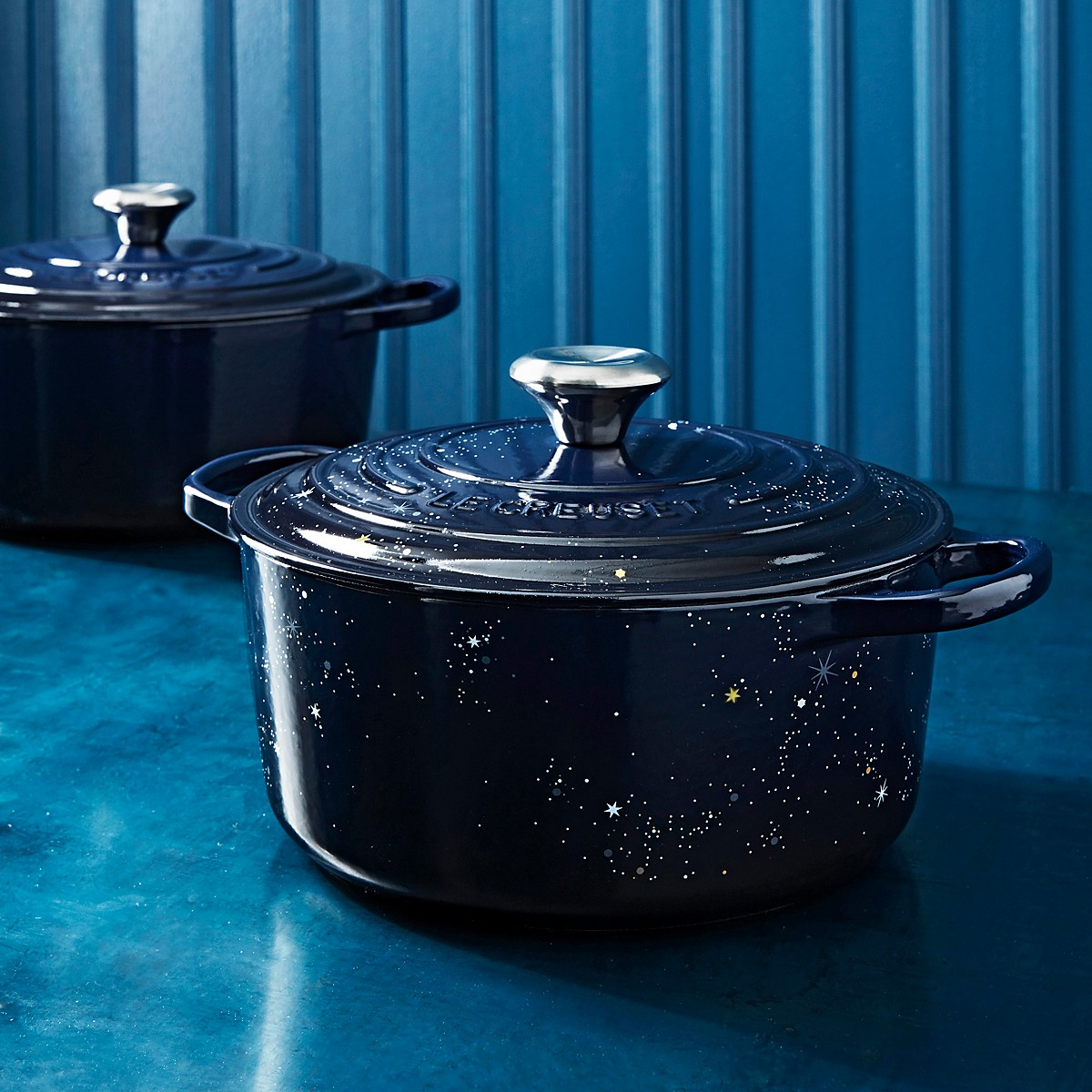 Le Creuset dutch oven with stars