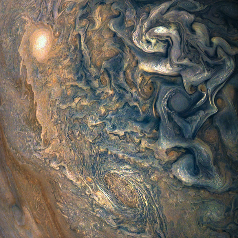 juno spacecraft images