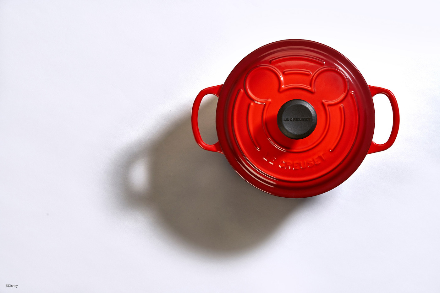 red mickey mouse le creuset cookware