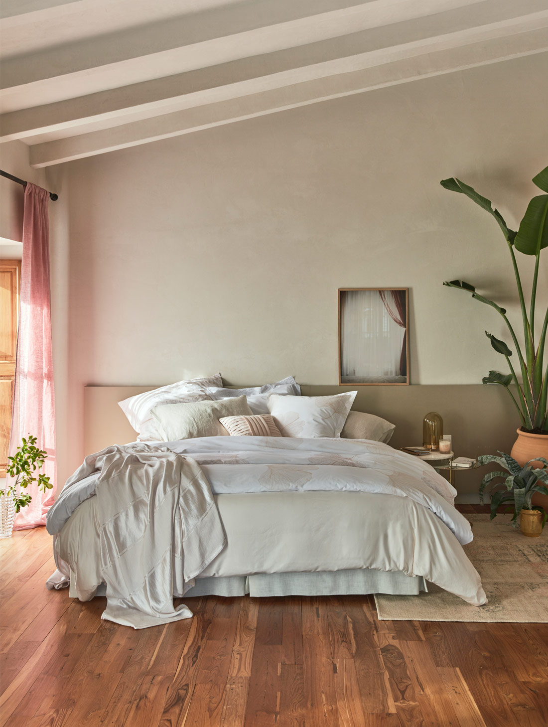 Zara Home Bedroom with plants and cozy bedding