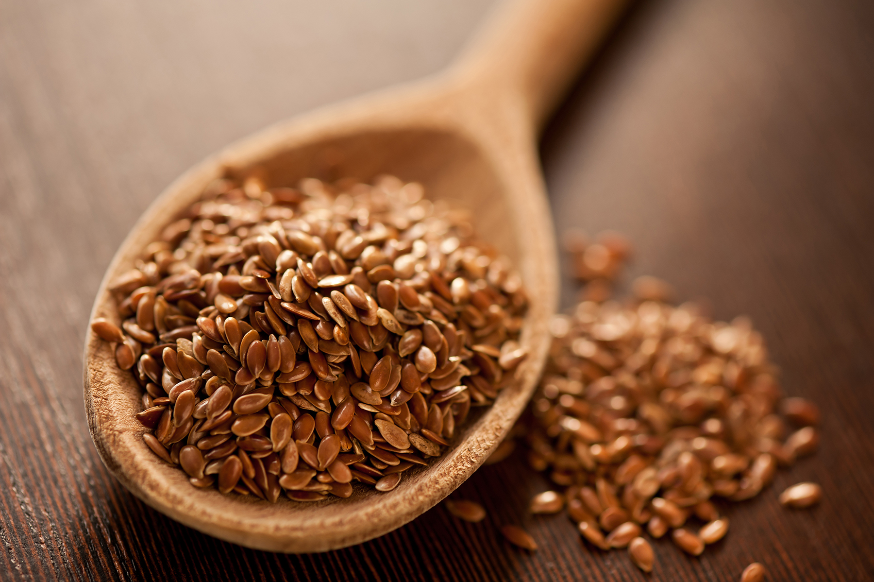 Flaxseeds in spoon