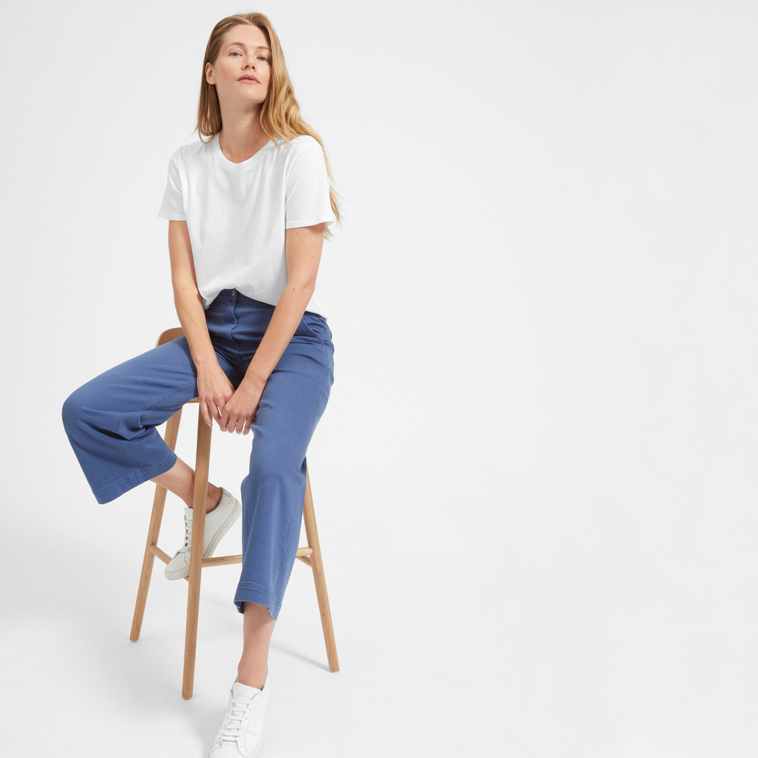 everlane white t shirt