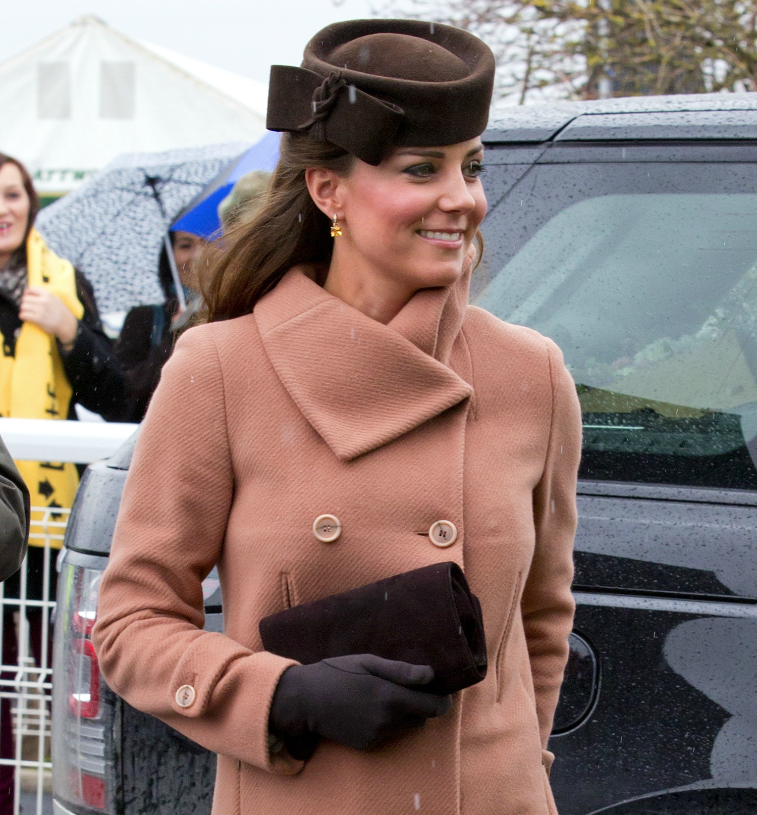 kate-middleton-pink-coat