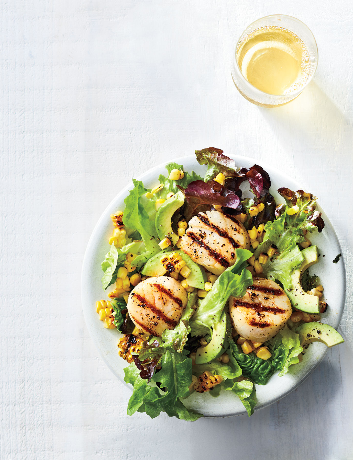 Grilled Scallops With Corn Salad