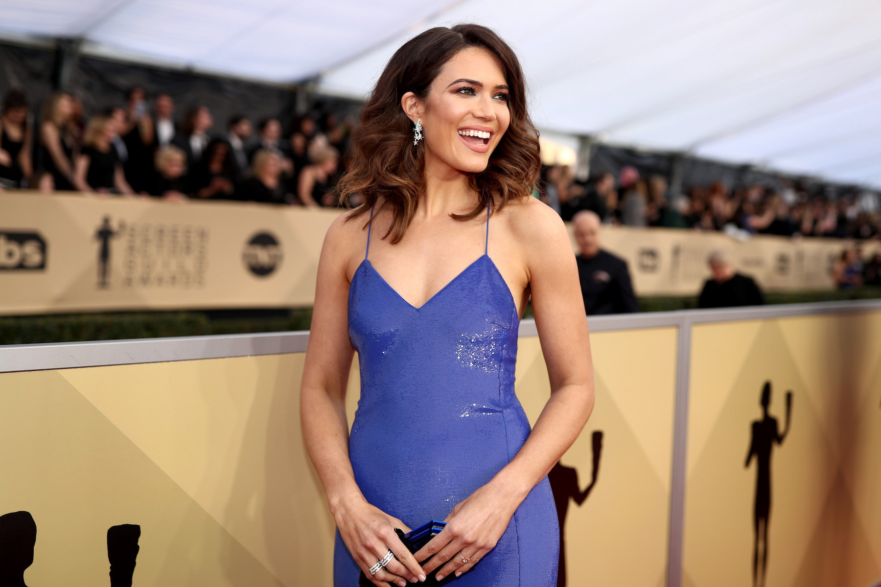 Mandy Moore wearing Purple Dress at SAG Awards