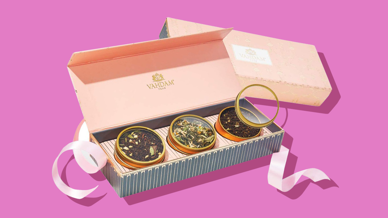 Vahdam Blush Tea Gift Set