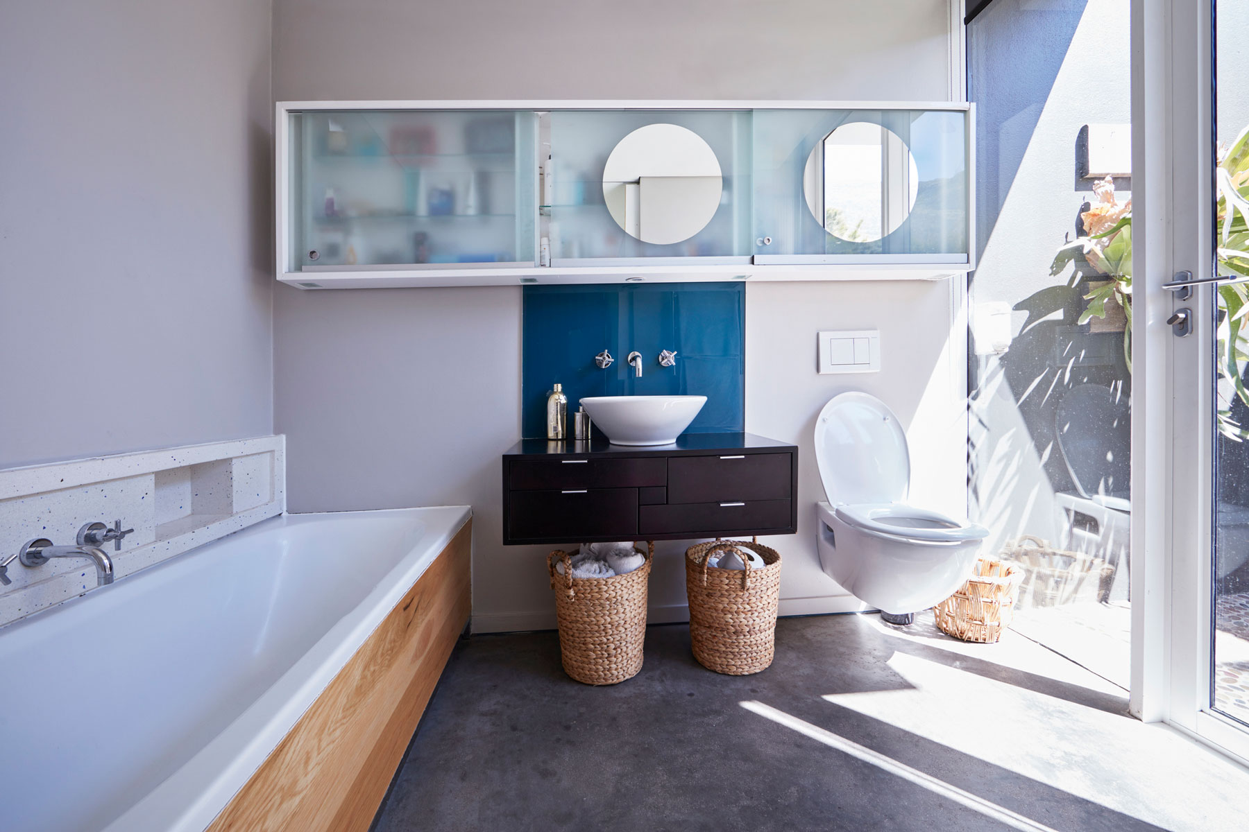 Floating bathroom vanity ideas - modern bathroom with floating sink