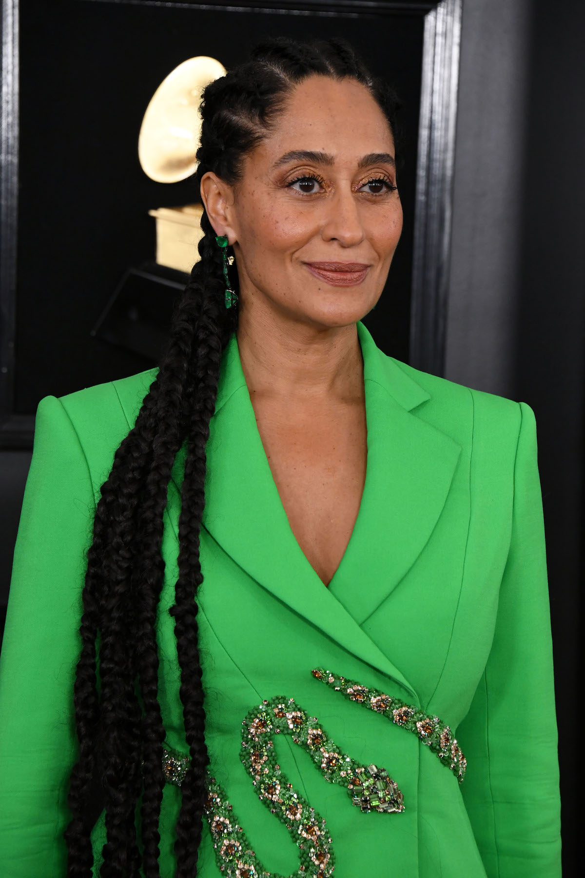 Tracee Ellis Ross attending the 61st Grammy Awards in green jacket