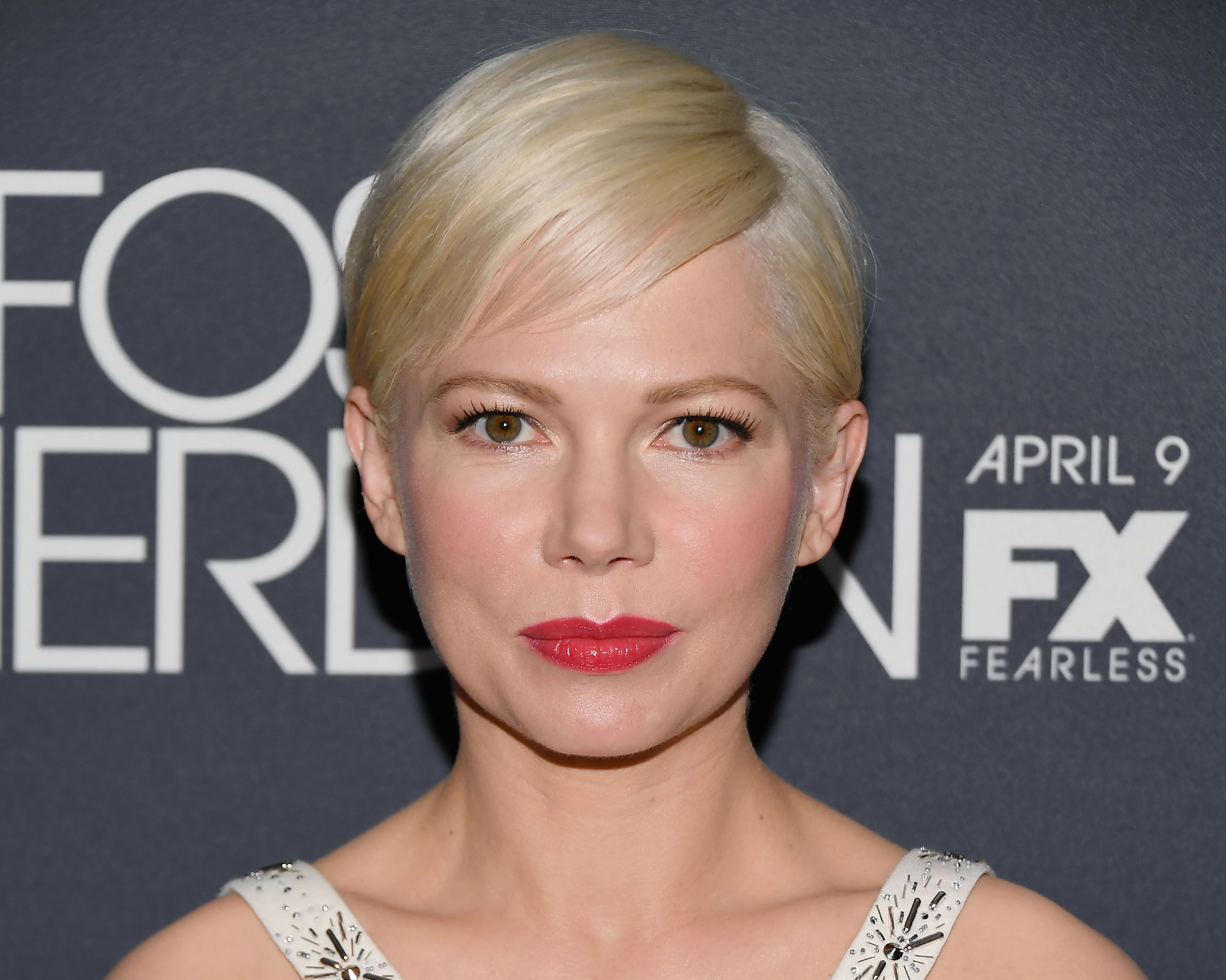 Michelle Williams Sideswept Bangs