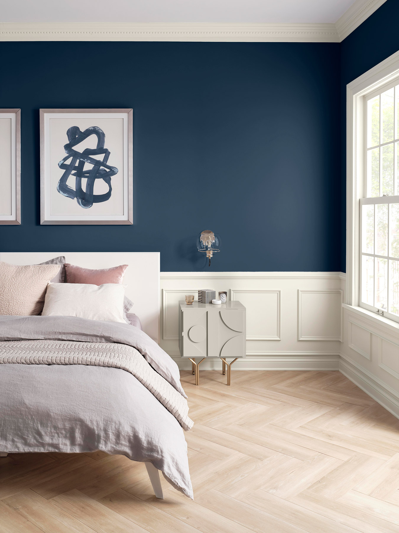Sherwin-Williams color of the year 2020 - naval bedroom wall paint