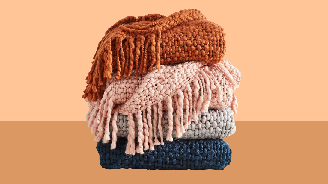 How to Make Guests Feel At Home, woven throw blankets