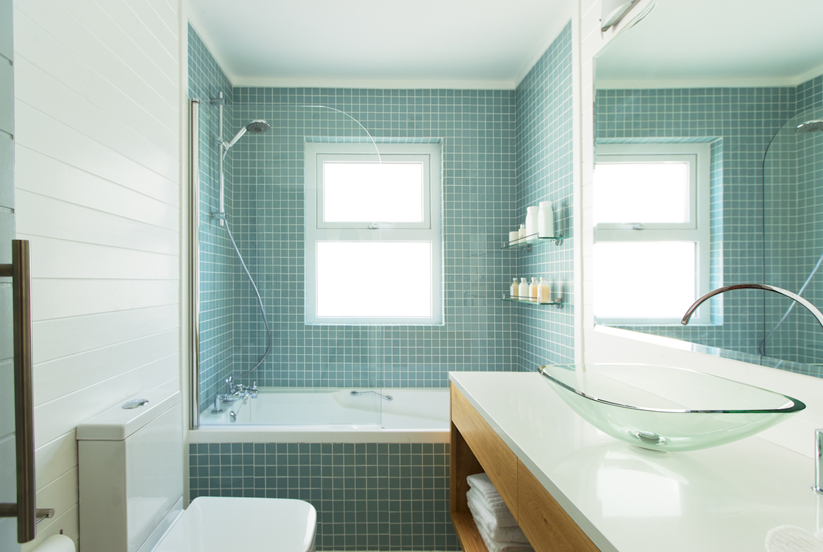 Bathroom Accent Wall Trend, teal tile