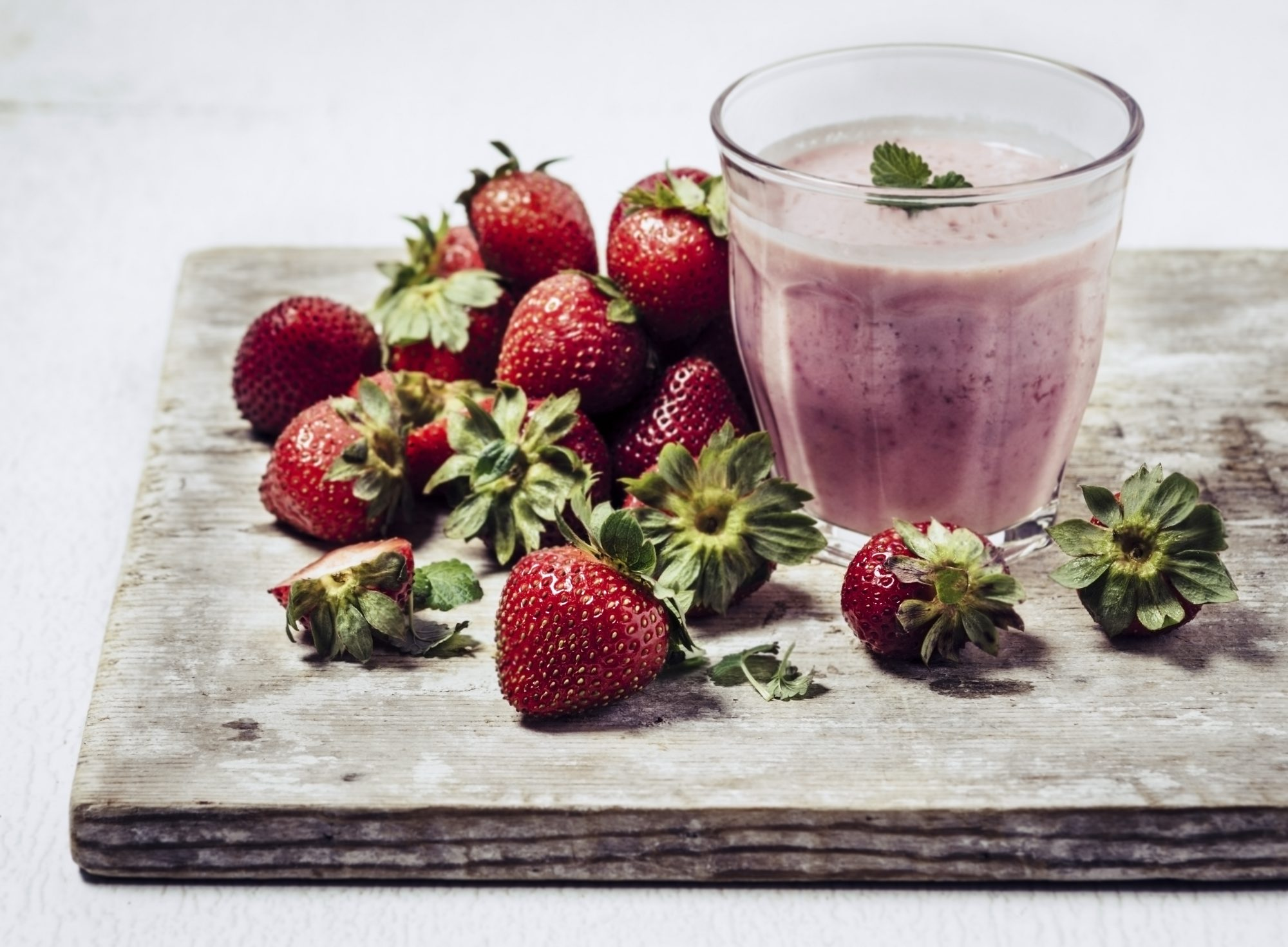 vitamin C smoothie for immunity support: strawberries