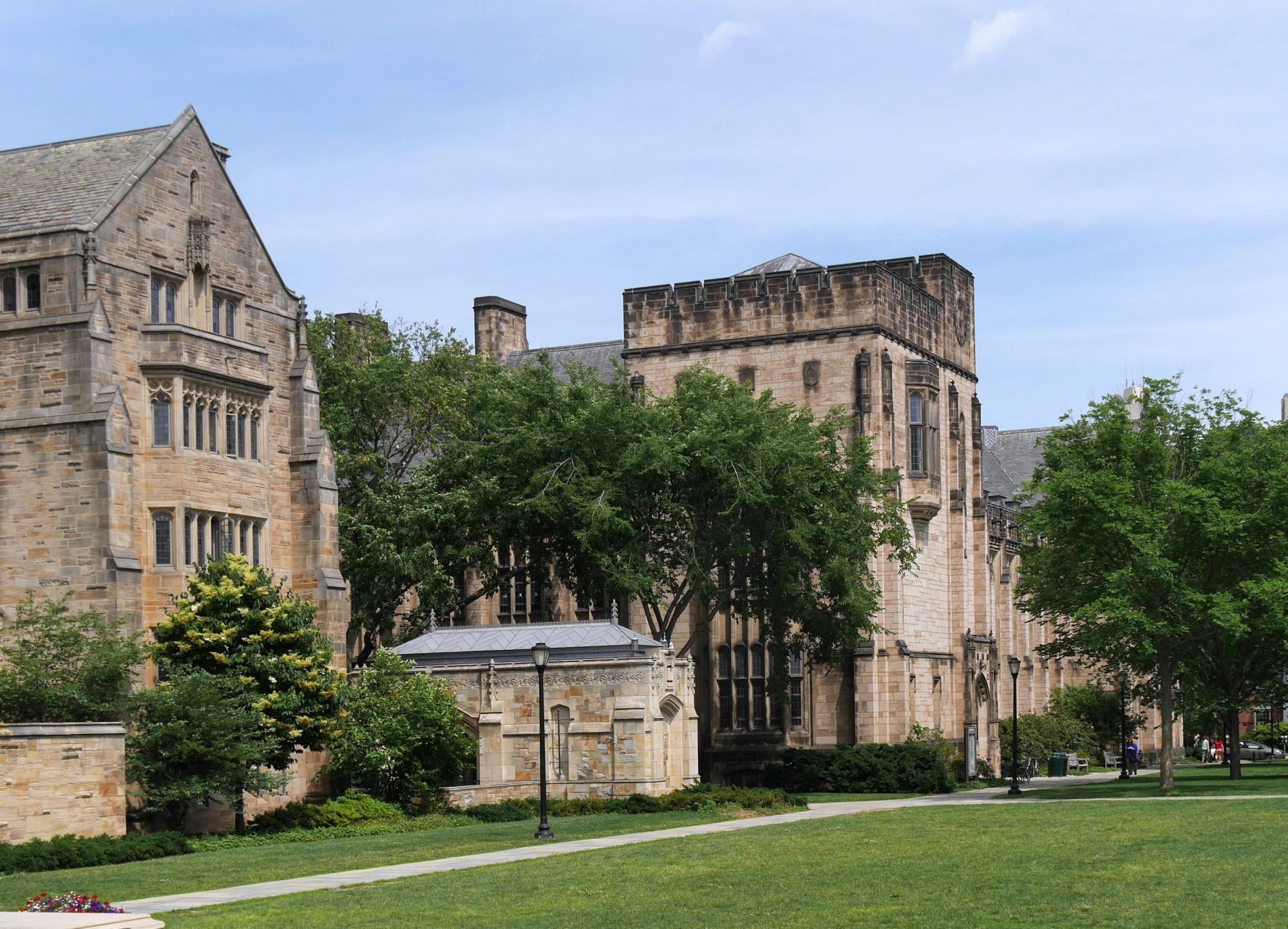 yale-happiness-class
