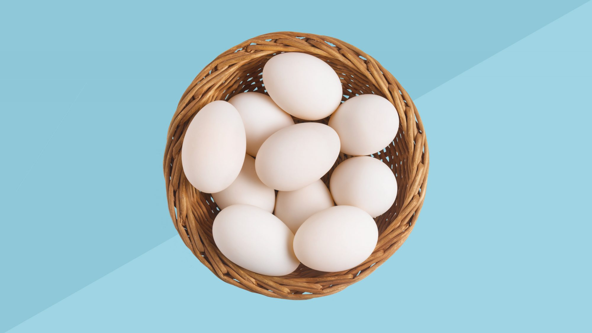 foods-not-to-freeze; bowl of eggs