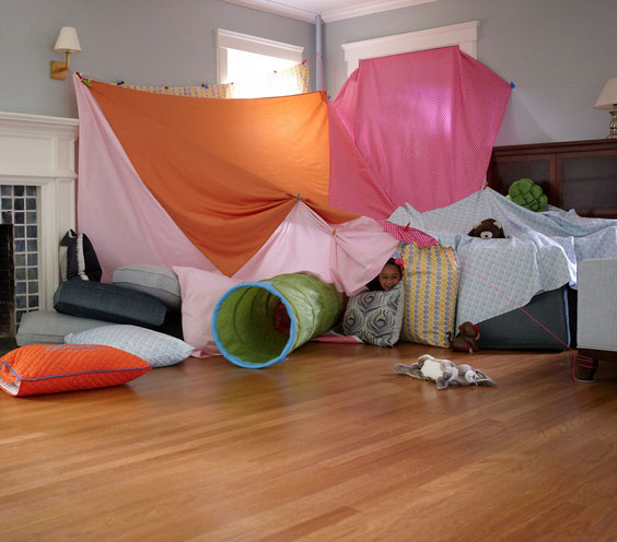 How to make a blanket fort - fancy blanket fort