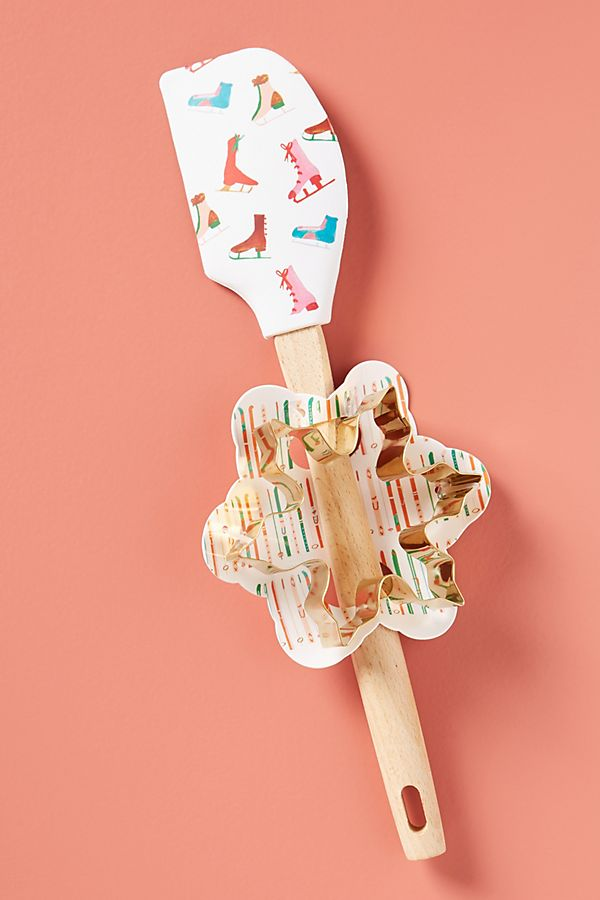 Spatula and cookie cutter gift set from Anthropologie