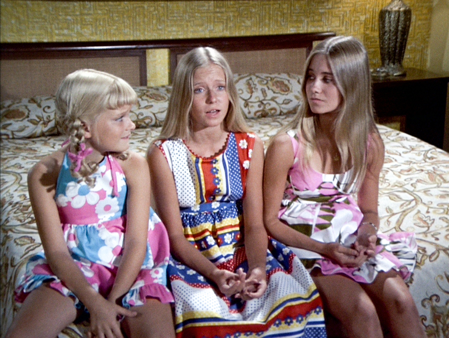 Brady Bunch Sisters and Being a Middle Child