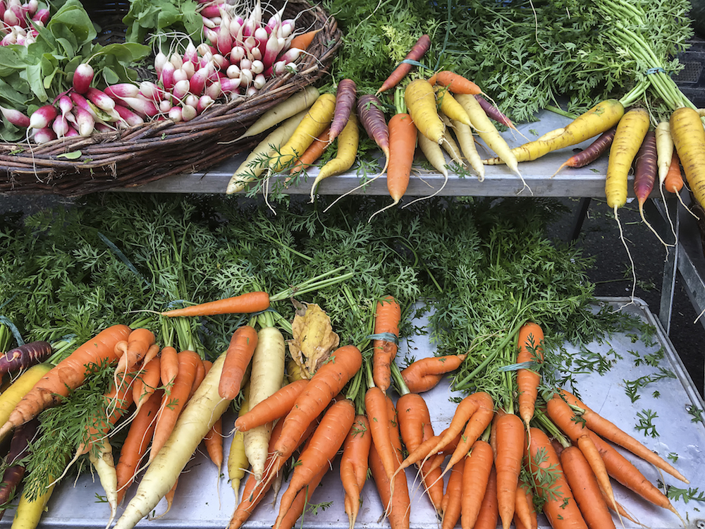 Food Parts You Didn't Know Were Edible: Carrot Tops