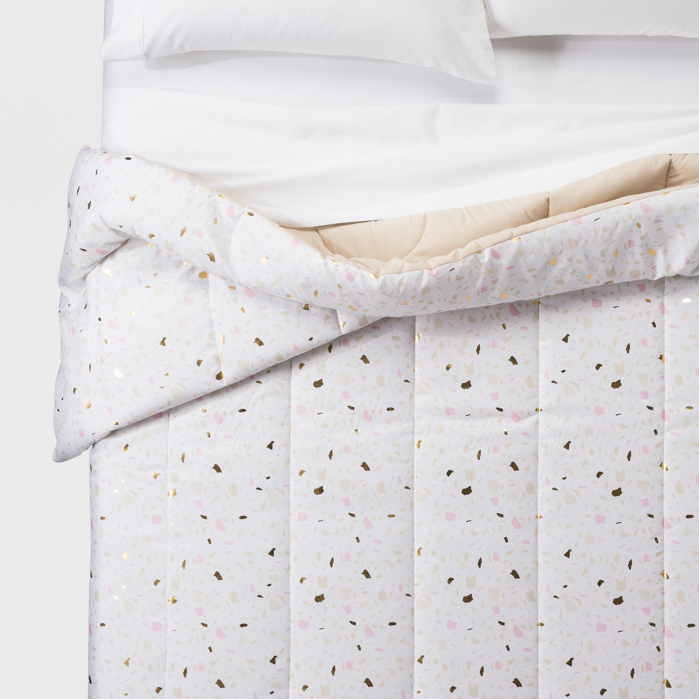 Dorm Room Decor, white and pink speckled comforter on bed