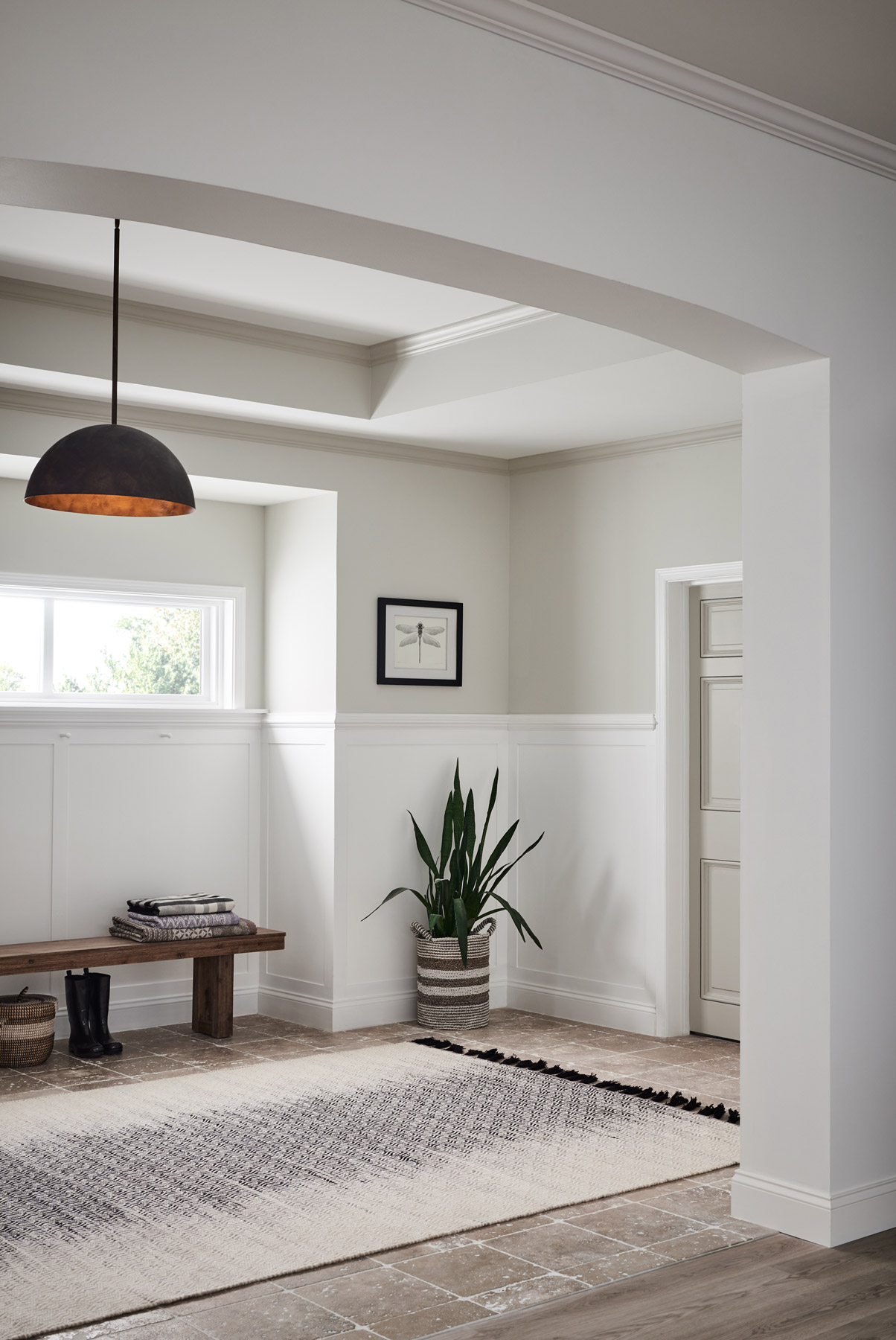 Entryway ideas - Choose wainscoting