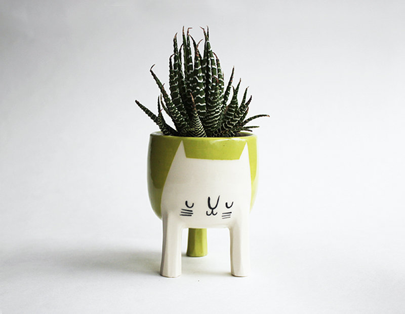 Chartreuse cat planter