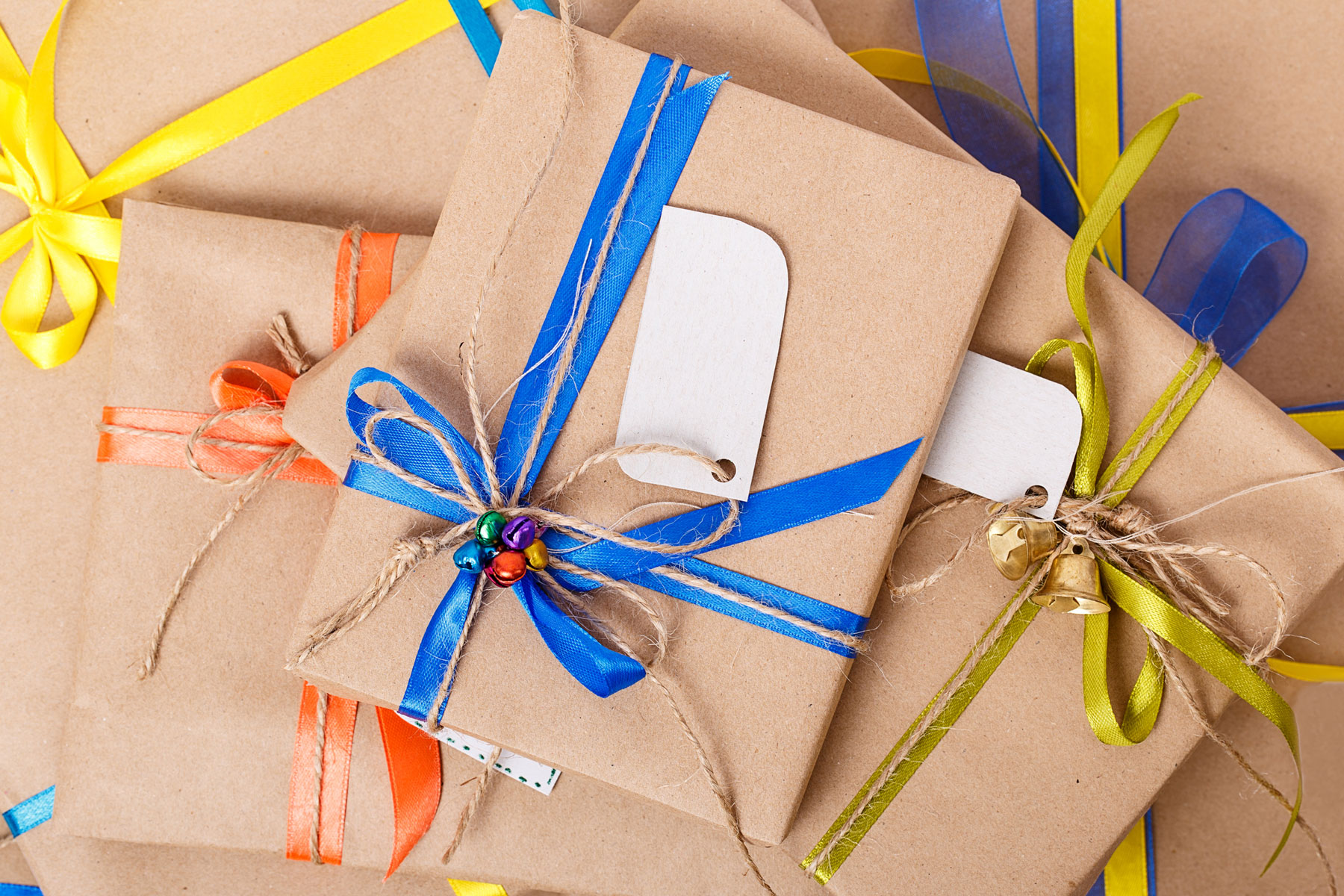 Gifts wrapped in butcher paper - gift wrapping alternatives