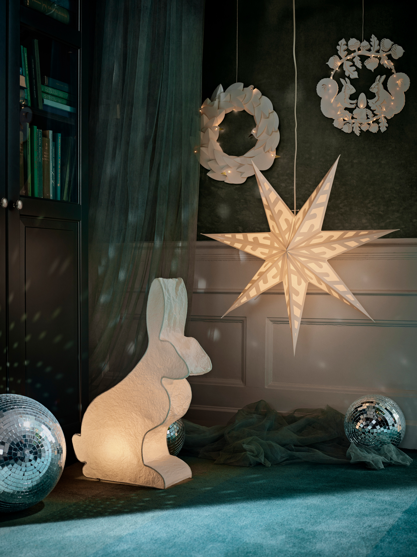 IKEA 2018 Holiday/Winter Collection STRÅLA LED Wreath, Battery-Operated, Doves