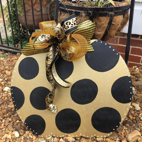 Polka-Dot Door Hanger
