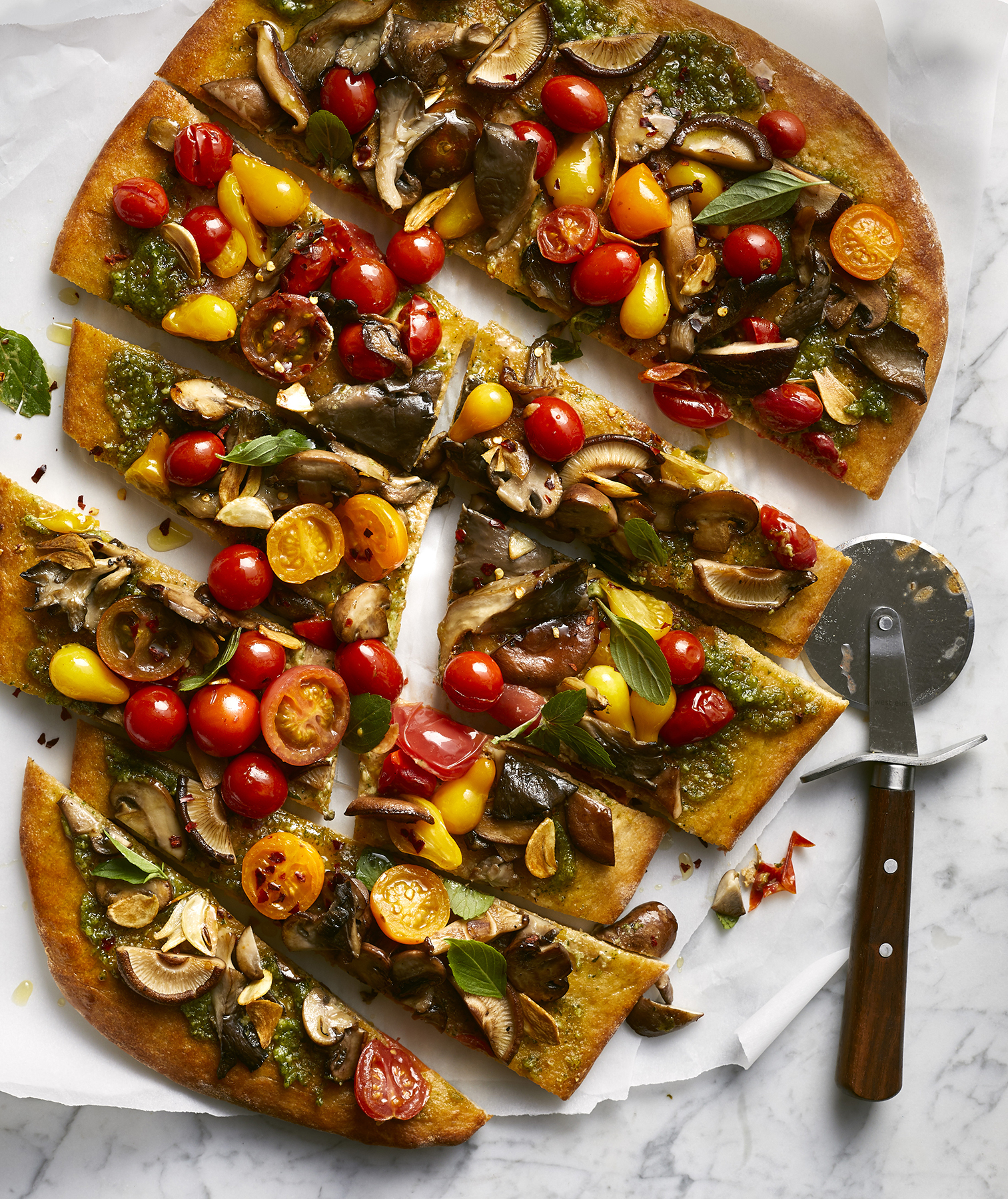 Miso-Pesto Flatbread With Mushrooms and Tomatoes