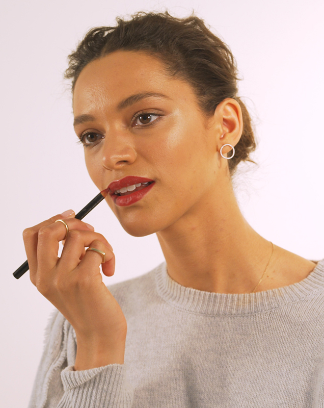 Red Lips, Step 3: Fill in lips