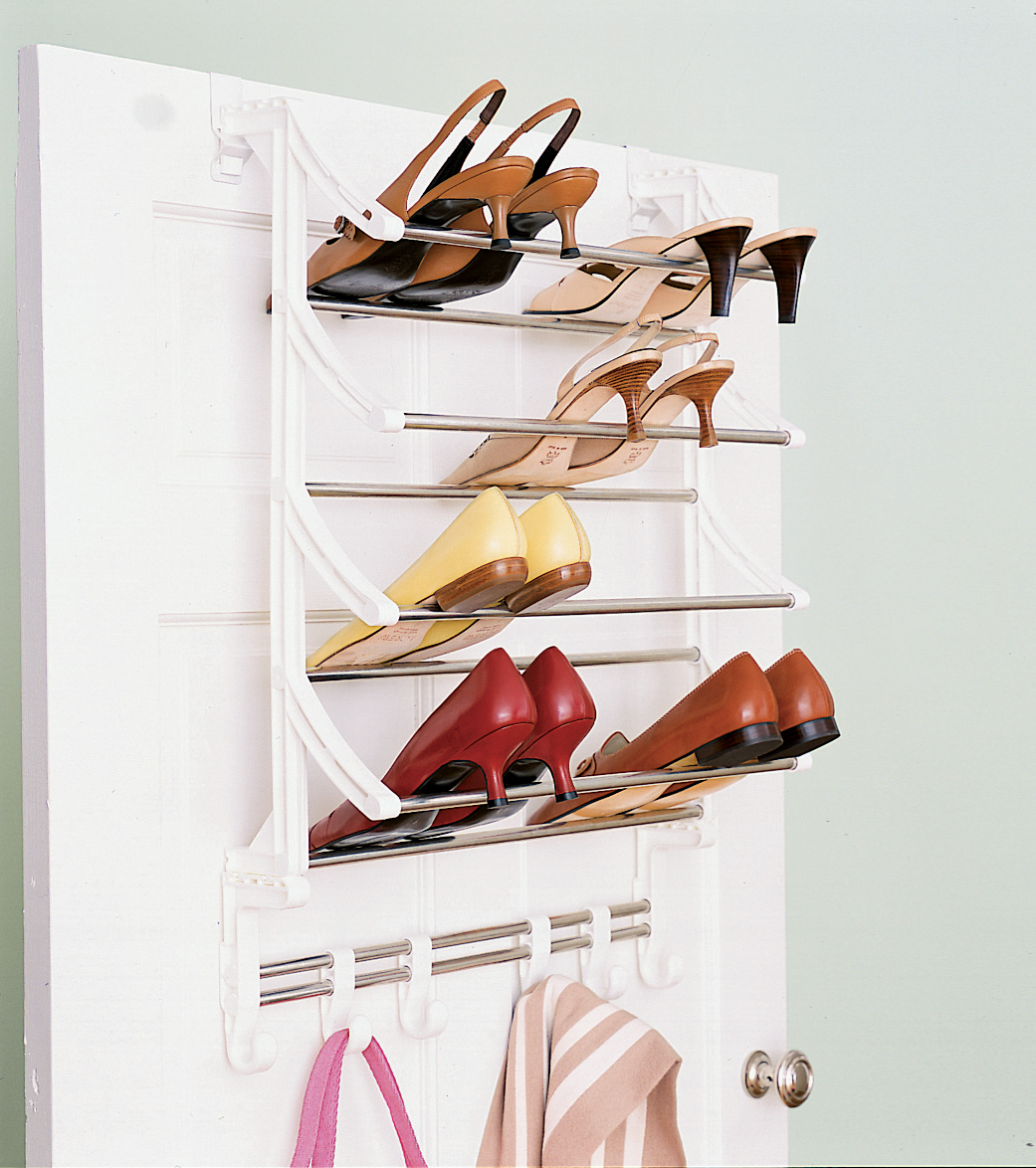 Closet over-the-door shoe rack
