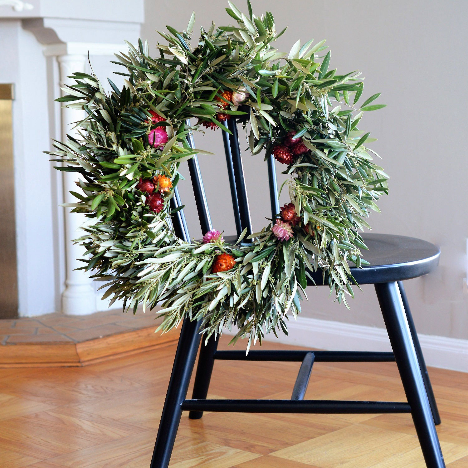 Paper and Daisy Olive Wreath