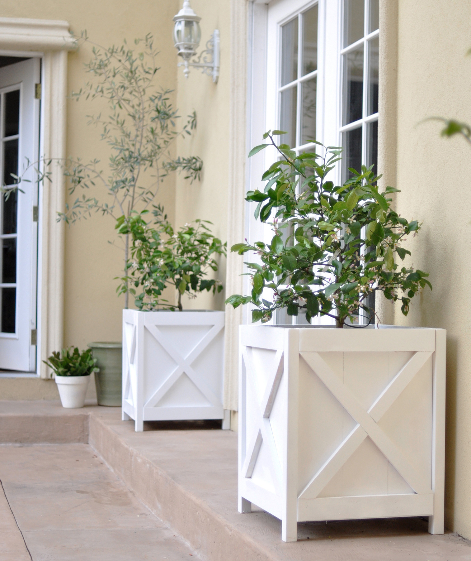 Kate of Centsational Girl: Traditional Planters
