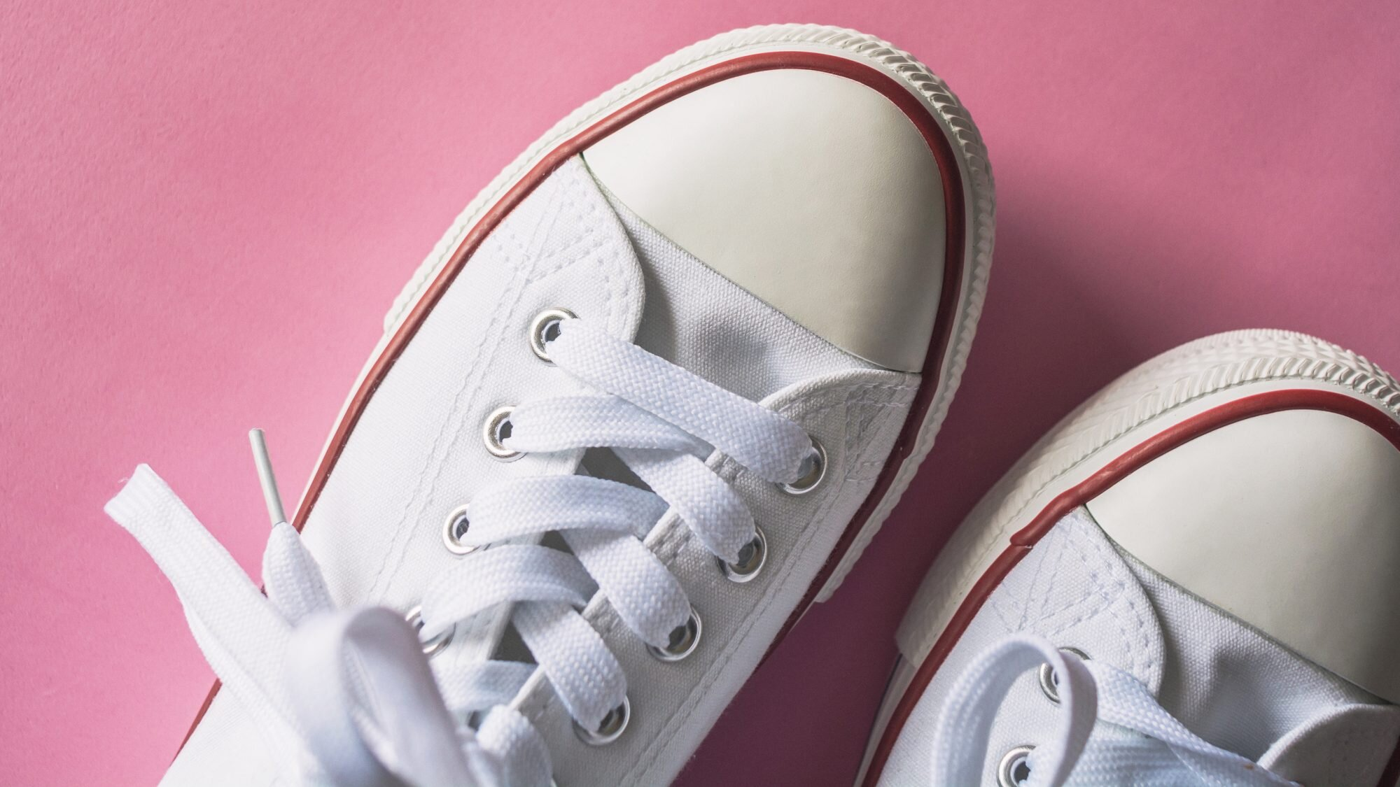 How To Clean White Shoes If They Re