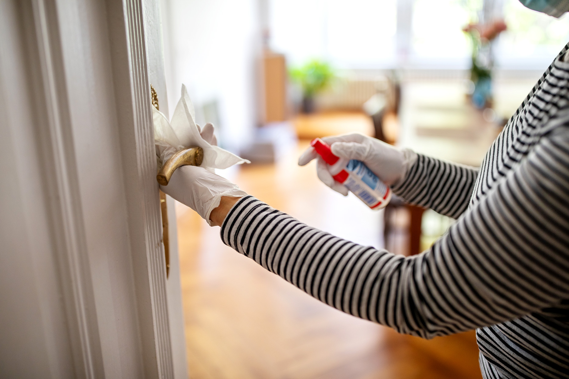 Americans-Are-Misusing-Household-Cleaners