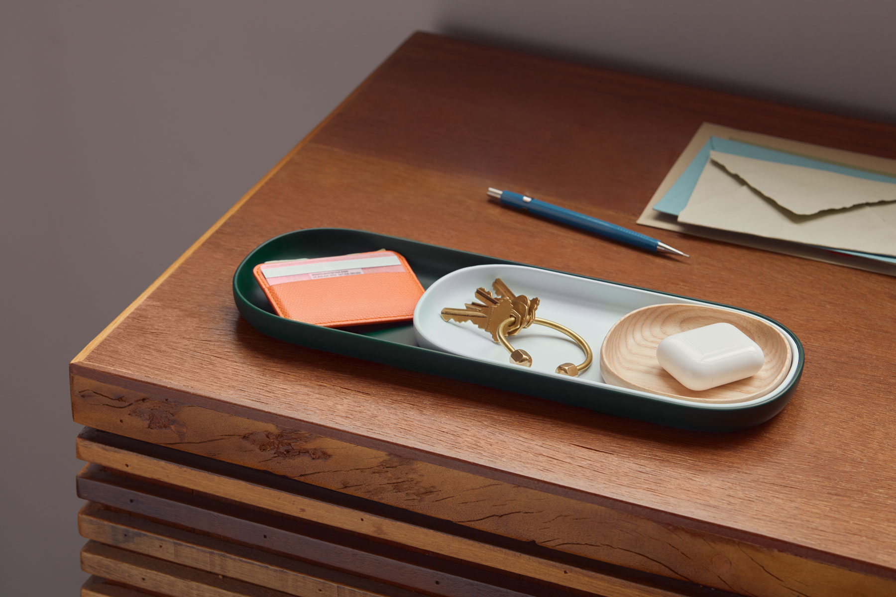 Best hostess gifts, ideas - Open Spaces nesting trays set