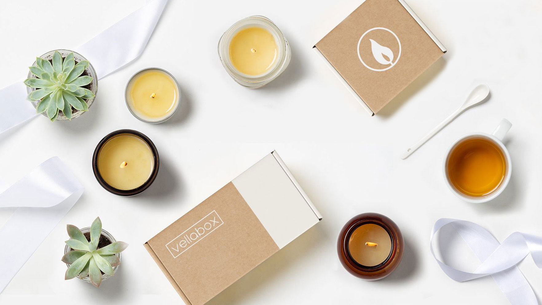 Best hostess gifts, ideas - Vellabox Candle subscription service