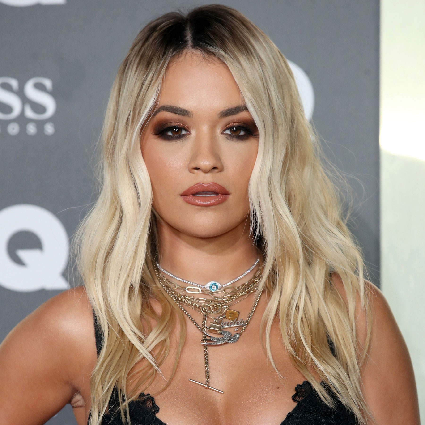 Rita Ora: best summer hair color 2020
