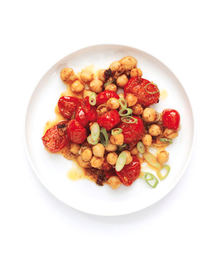 Sides for kebabs - Curry tomato and chickpea salad