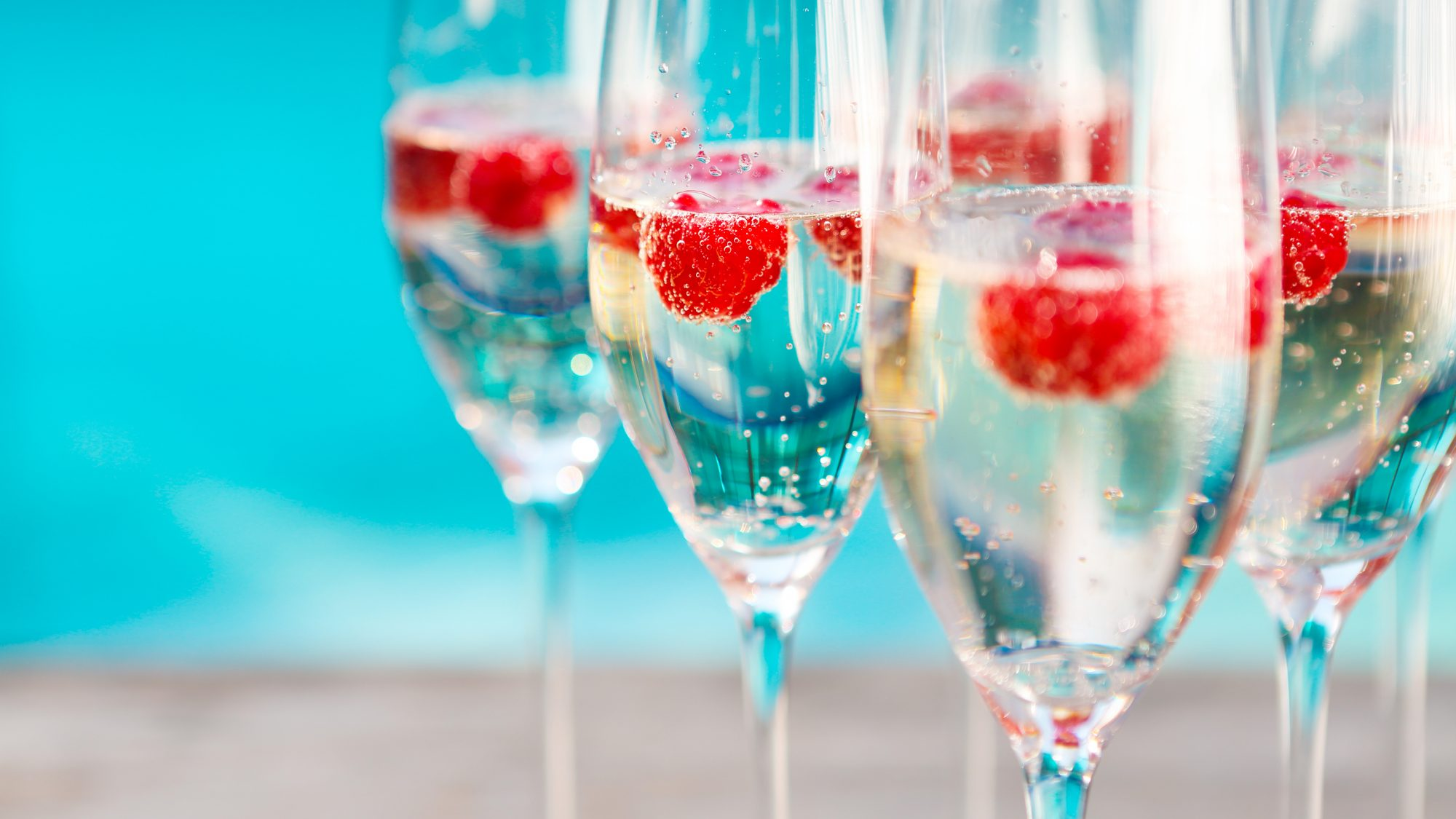 healthiest cocktails: prosecco with raspberries